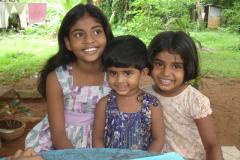 3 Bezoek weeshuizen-g